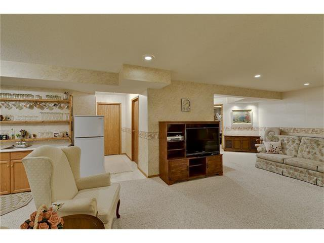 Photo 16: Photos: 834 COVENTRY Drive NE in Calgary: Coventry Hills House for sale : MLS®# C4054976