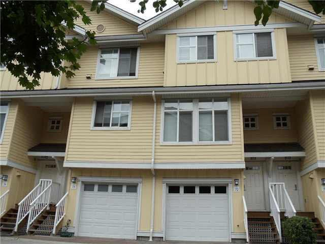 Main Photo: 72 935 EWEN AVENUE in : Queensborough Townhouse for sale : MLS®# V910566