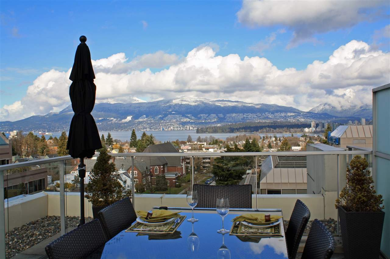 Main Photo: 703 2528 MAPLE Street in Vancouver: Kitsilano Condo for sale (Vancouver West)  : MLS®# R2147719