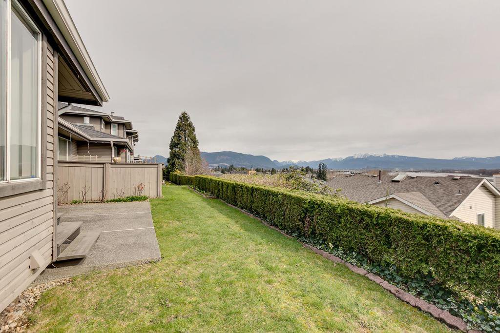"Photo 5: Photos: 194 1140 CASTLE Crescent in Port Coquitlam: Citadel PQ Townhouse for sale in ""The Uplands"" : MLS®# R2151759"