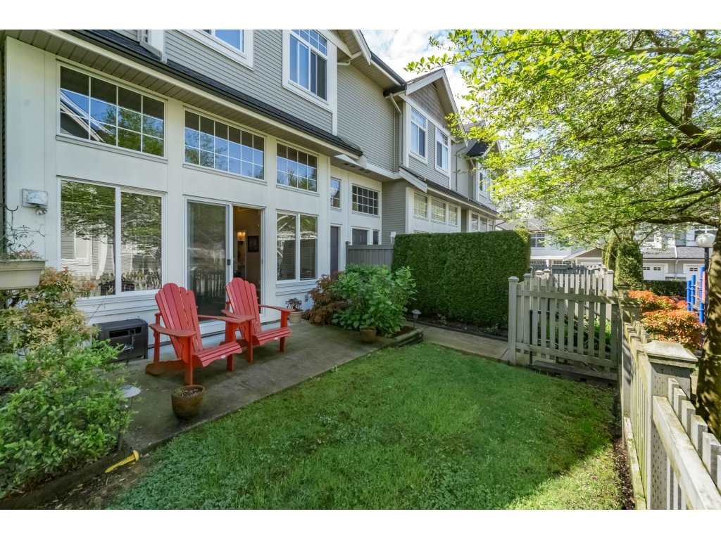 "Photo 19: Photos: 30 23343 KANAKA Way in Maple Ridge: Cottonwood MR Townhouse for sale in ""COTTONWOOD GROVE"" : MLS®# R2164744"