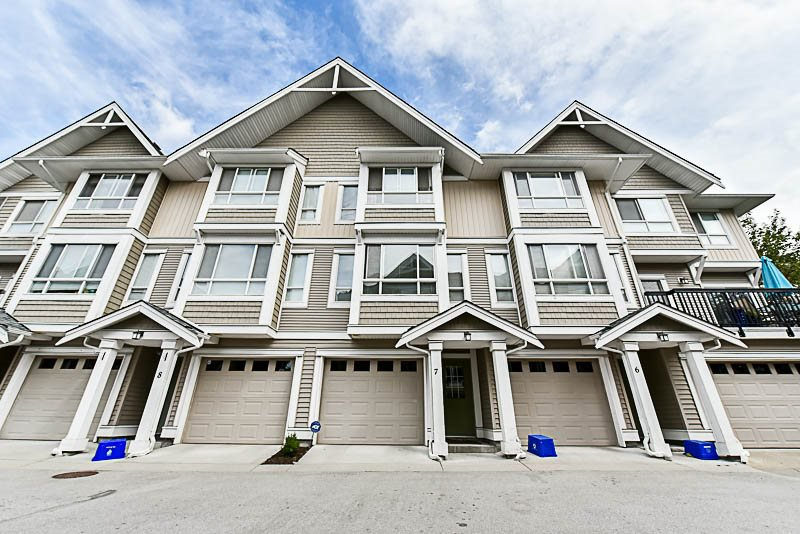 "Main Photo: 7 20159 68 Avenue in Langley: Willoughby Heights Townhouse for sale in ""Vantage"" : MLS®# R2187732"