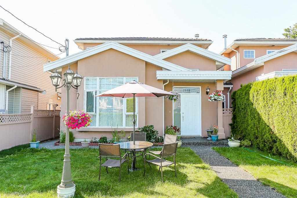 Main Photo: 7119 10TH Avenue in Burnaby: Edmonds BE House 1/2 Duplex for sale (Burnaby East)  : MLS®# R2199014