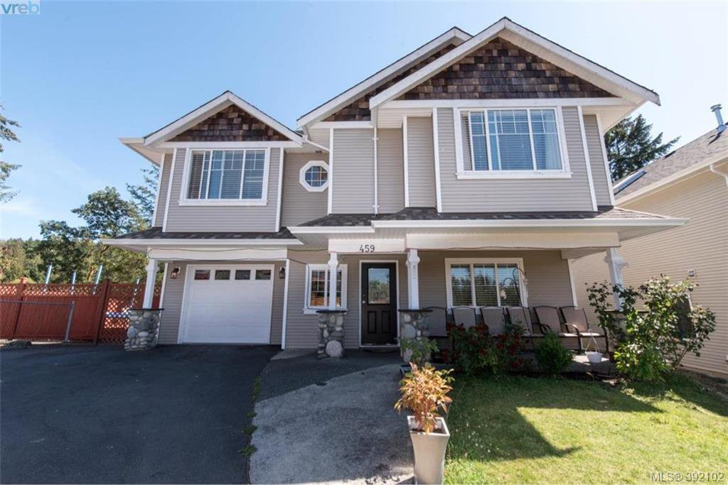 Main Photo: 459 Avery Crt in VICTORIA: La Thetis Heights Single Family Detached for sale (Langford)  : MLS®# 788269