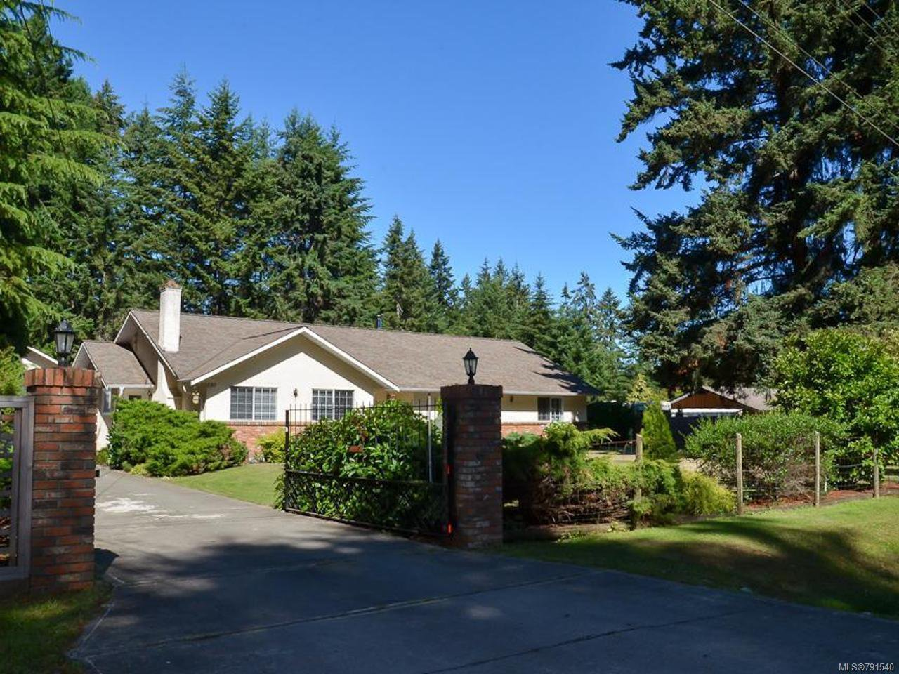 Main Photo: 585 Wain Rd in PARKSVILLE: PQ Parksville House for sale (Parksville/Qualicum)  : MLS®# 791540