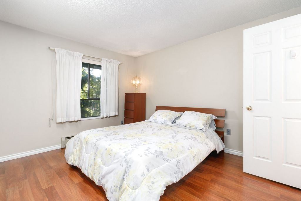 Photo 9: Photos: 304 109 TENTH Street in New Westminster: Uptown NW Condo for sale : MLS®# R2296434