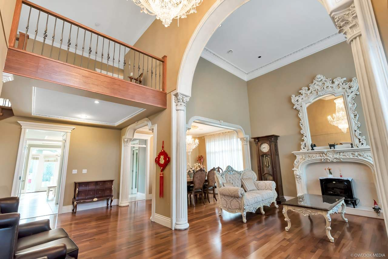 Photo 5: Photos: 4428 PENDLEBURY Road in Richmond: Boyd Park House for sale : MLS®# R2323695