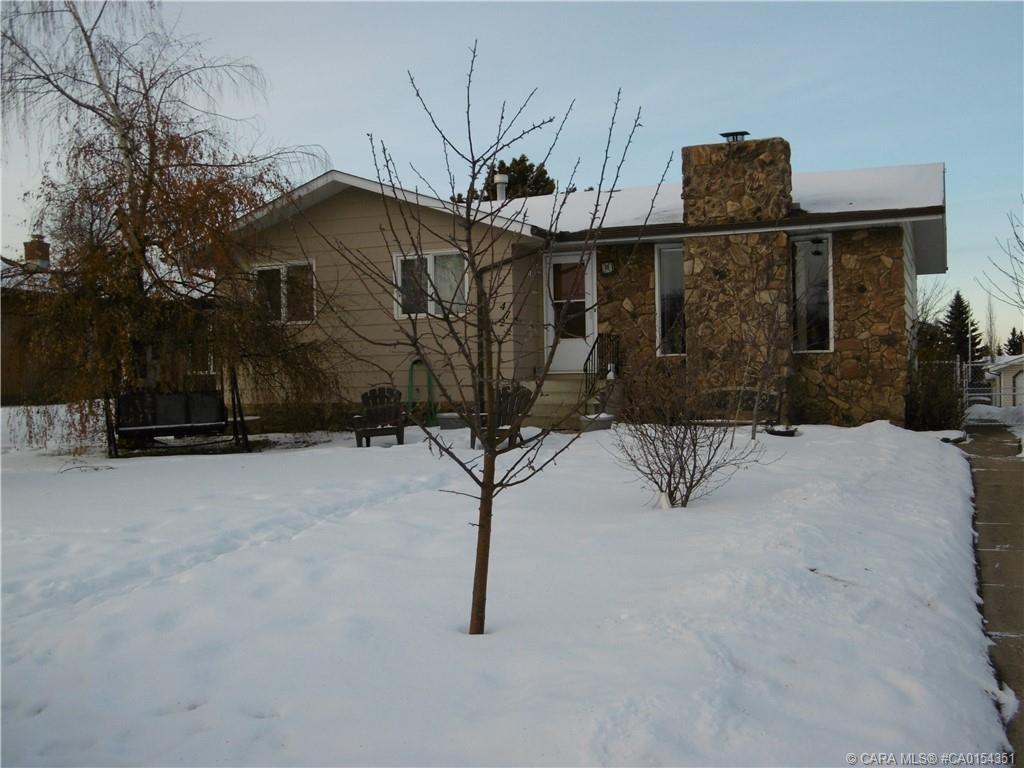 Main Photo: 4722 55 Avenue in Rimbey: RY Rimbey Residential for sale (Ponoka County)  : MLS®# CA0154351