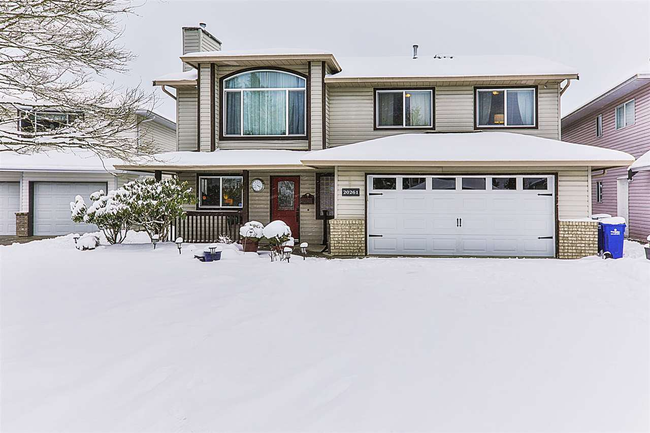 Main Photo: 20261 123 Avenue in Maple Ridge: Northwest Maple Ridge House for sale : MLS®# R2341017