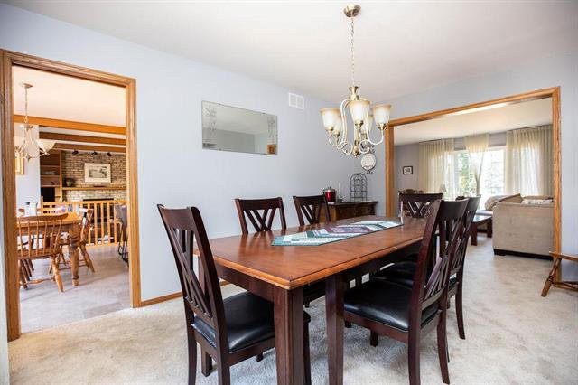 Photo 4: Photos: 19 Cavendish Court in Winnipeg: Linden Woods Residential for sale (1M)  : MLS®# 1909334