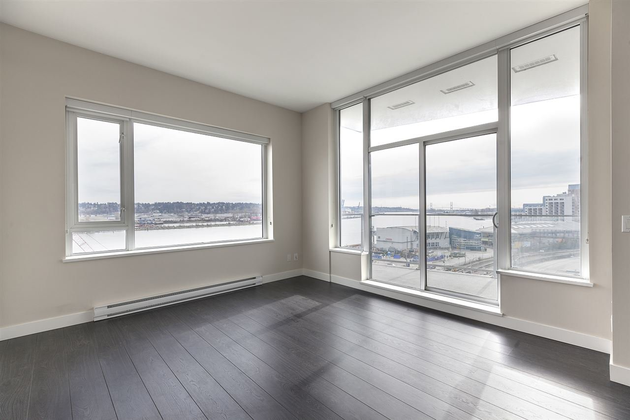 "Photo 5: Photos: 711 668 COLUMBIA Street in New Westminster: Quay Condo for sale in ""TRAPP+HOLBROOK"" : MLS®# R2376766"
