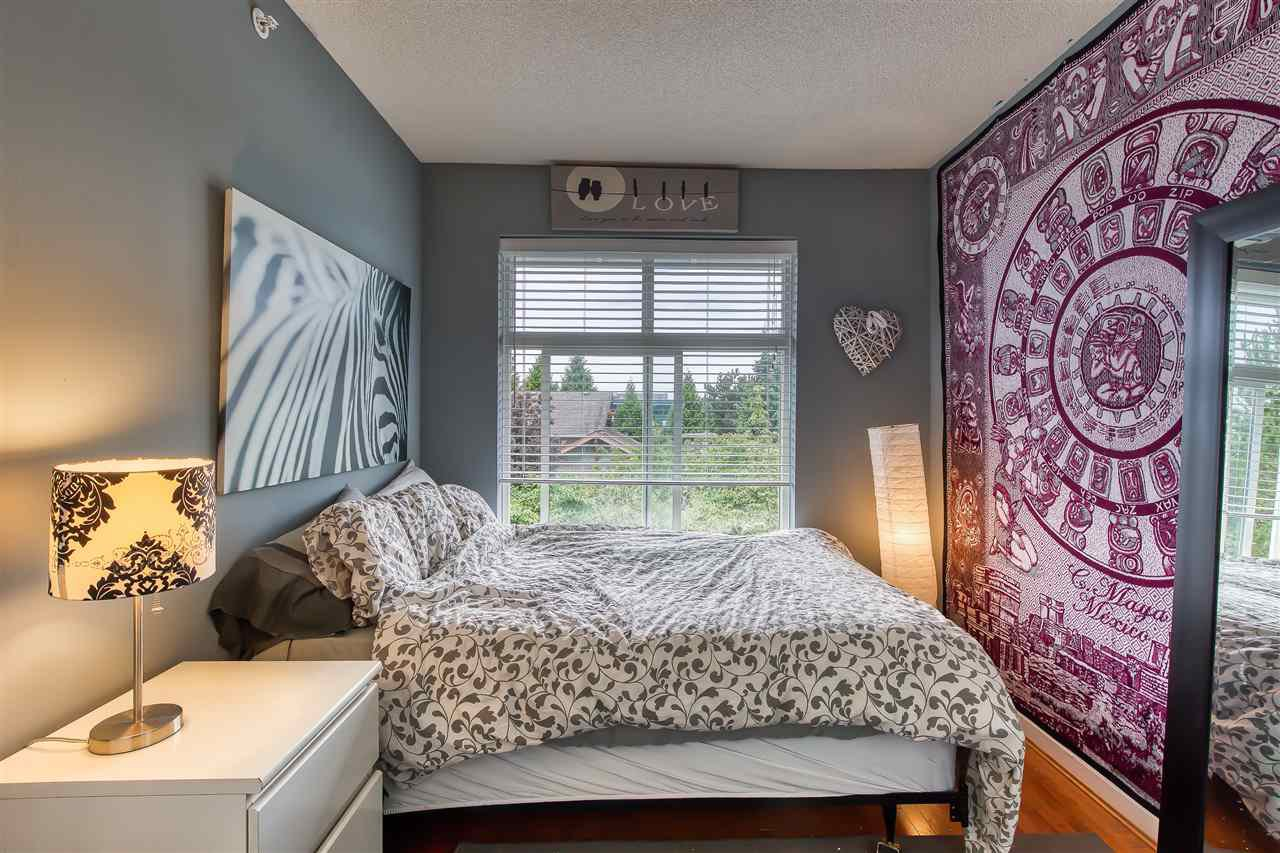 "Photo 15: Photos: 2 7179 201 Street in Langley: Willoughby Heights Townhouse for sale in ""DENIM"" : MLS®# R2385534"