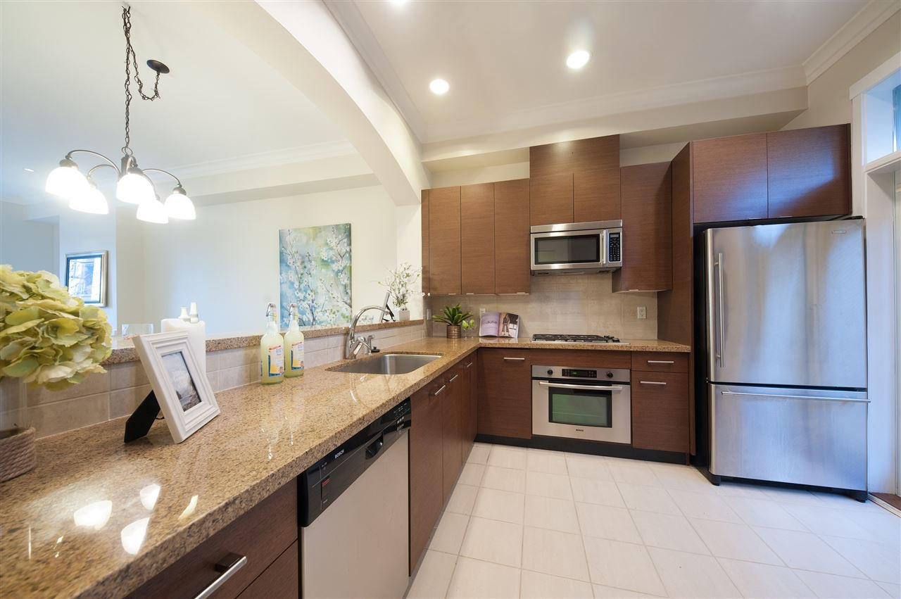 Photo 9: Photos: 991 W 38TH AVENUE in Vancouver: Cambie Townhouse for sale (Vancouver West)  : MLS®# R2350357