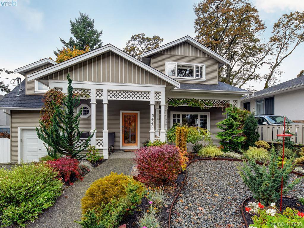 Main Photo: 3420 Persimmon Dr in VICTORIA: SE Maplewood House for sale (Saanich East)  : MLS®# 827405