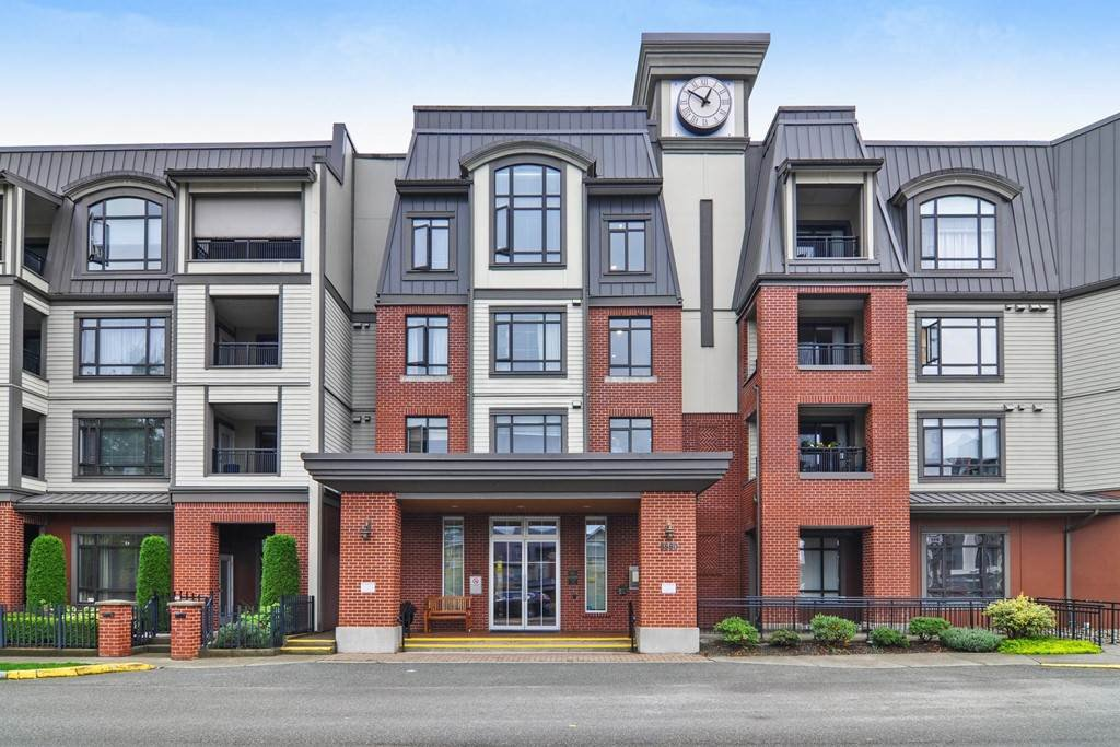 "Main Photo: 211 8880 202 Street in Langley: Walnut Grove Condo for sale in ""The Residence"" : MLS®# R2444282"