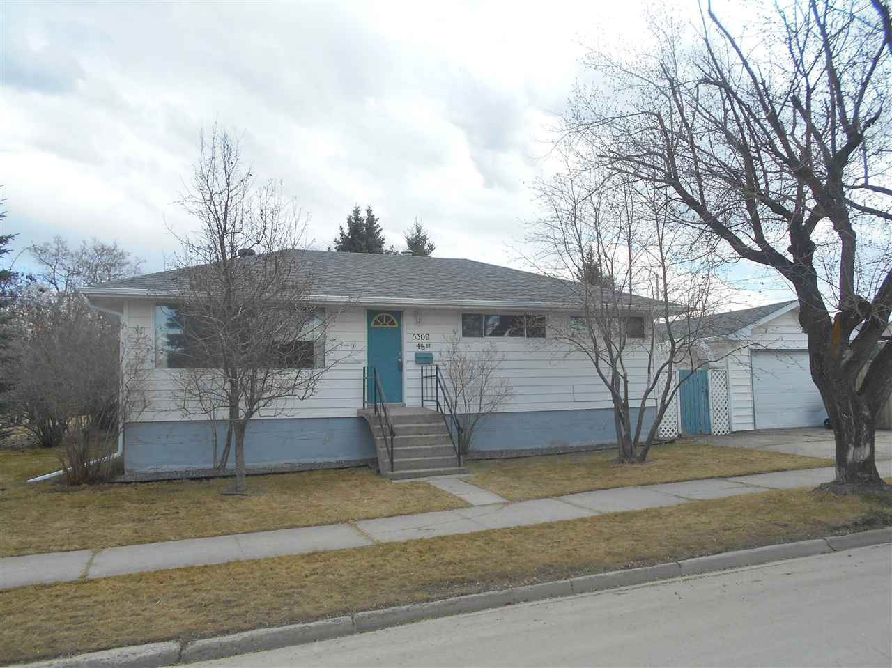 Main Photo: 5309 48 Street: Drayton Valley House for sale : MLS®# E4194031