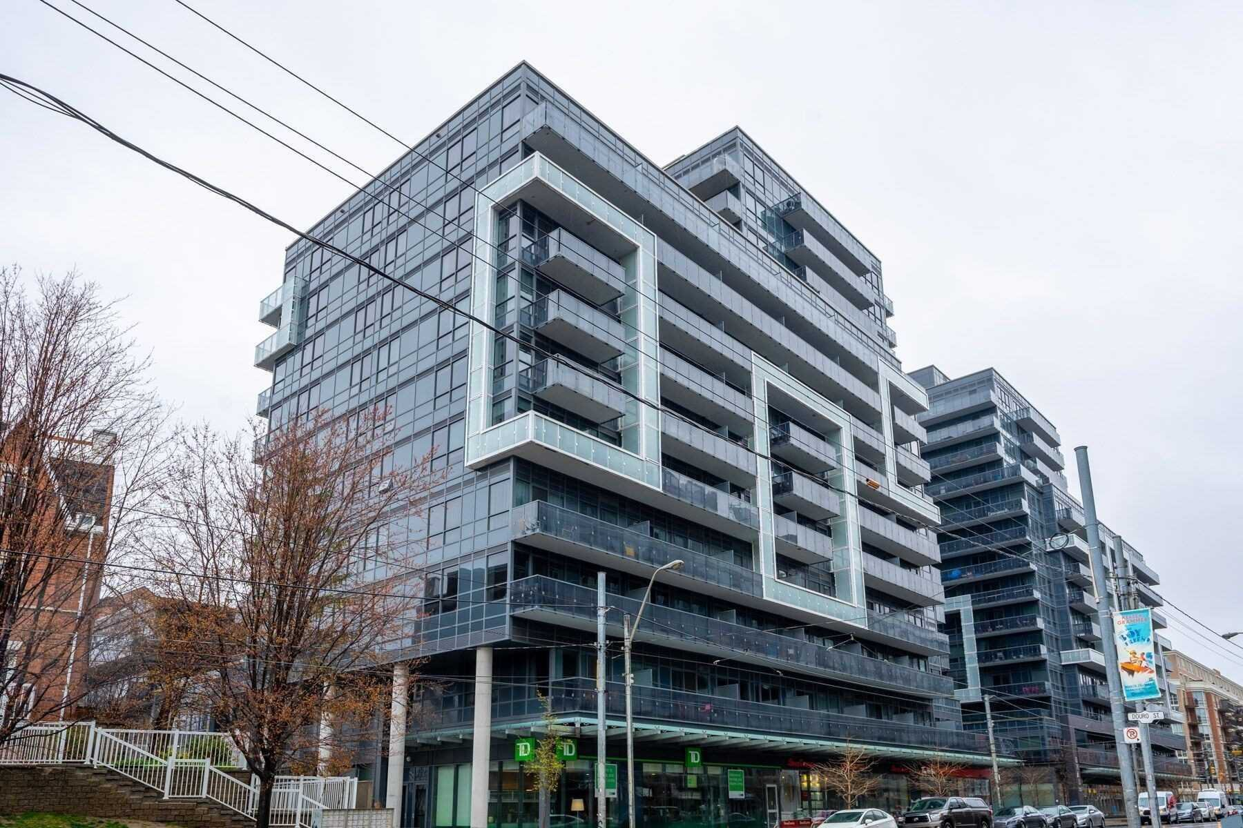 Main Photo: 744 1030 W King Street in Toronto: Niagara Condo for sale (Toronto C01)  : MLS®# C4758615