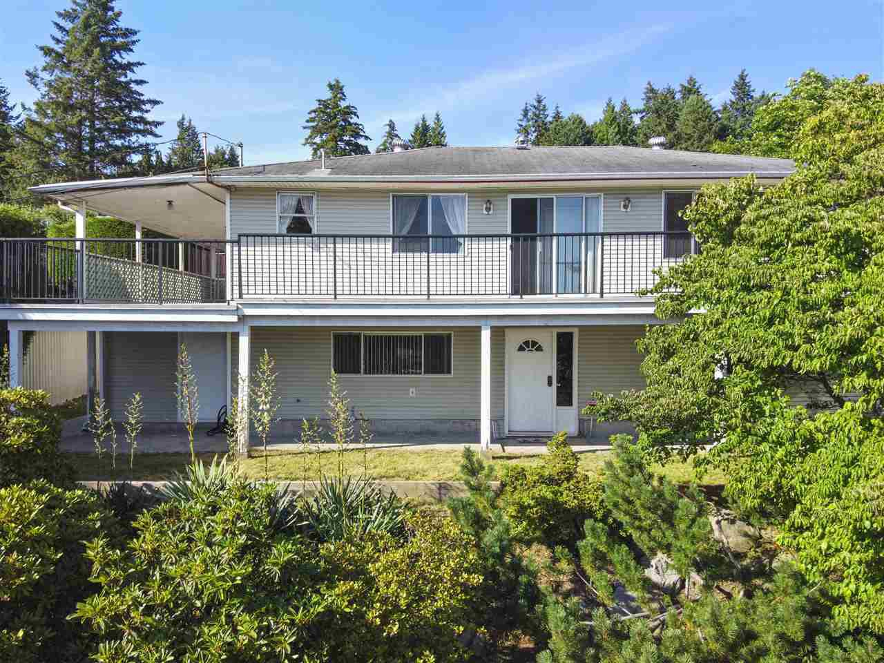 Main Photo: 1731 SHERIDAN Avenue in Coquitlam: Central Coquitlam House for sale : MLS®# R2490926
