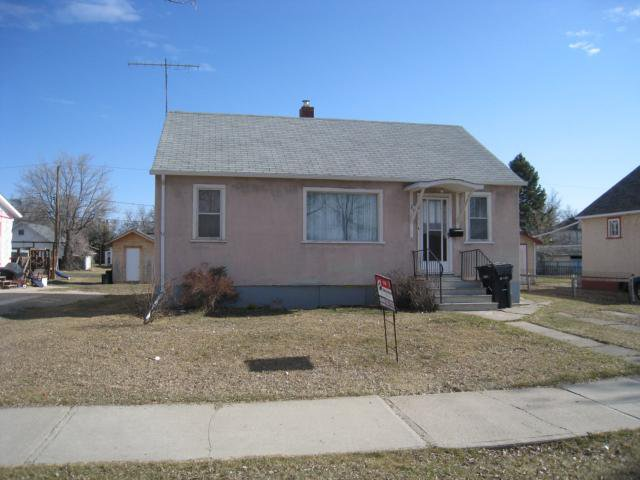 Main Photo: 220 2nd Avenue Northeast in DAUPHIN: Manitoba Other Residential for sale : MLS®# 1200580