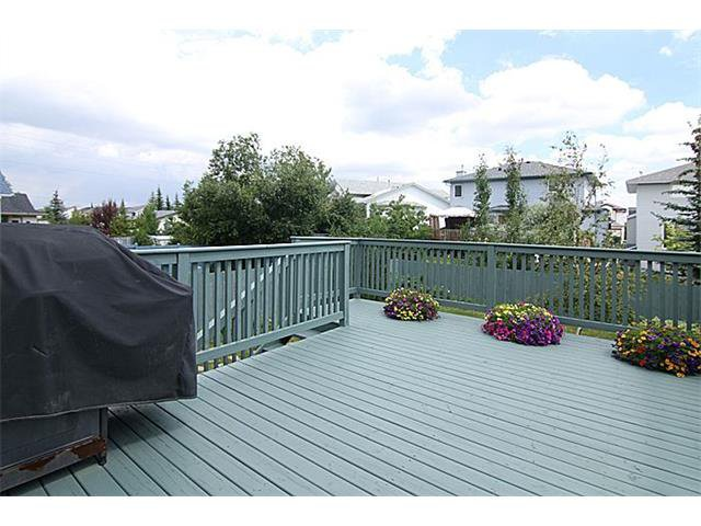 Photo 22: Photos: 142 SHAWBROOKE Green SW in Calgary: Shawnessy House for sale : MLS®# C4019176