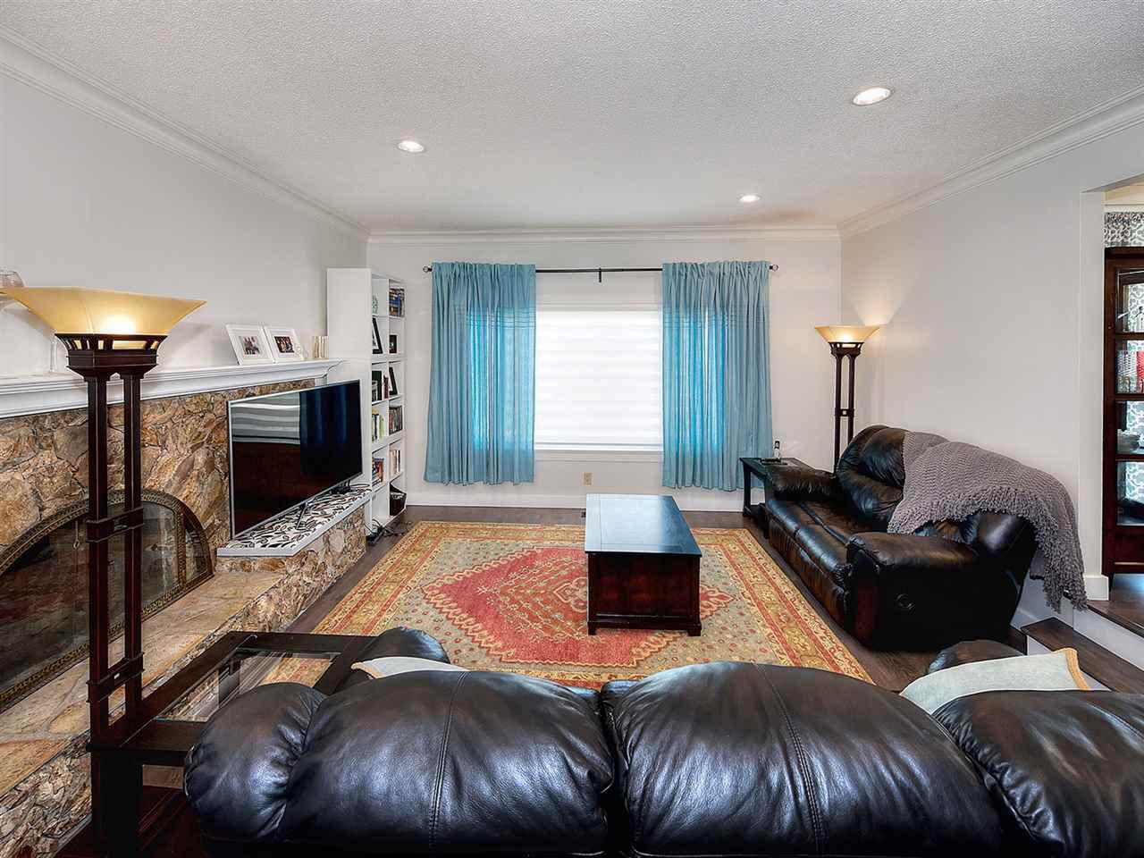 Photo 3: Photos: 1067 WILMINGTON Drive in Delta: Tsawwassen Central House for sale (Tsawwassen)  : MLS®# R2090180