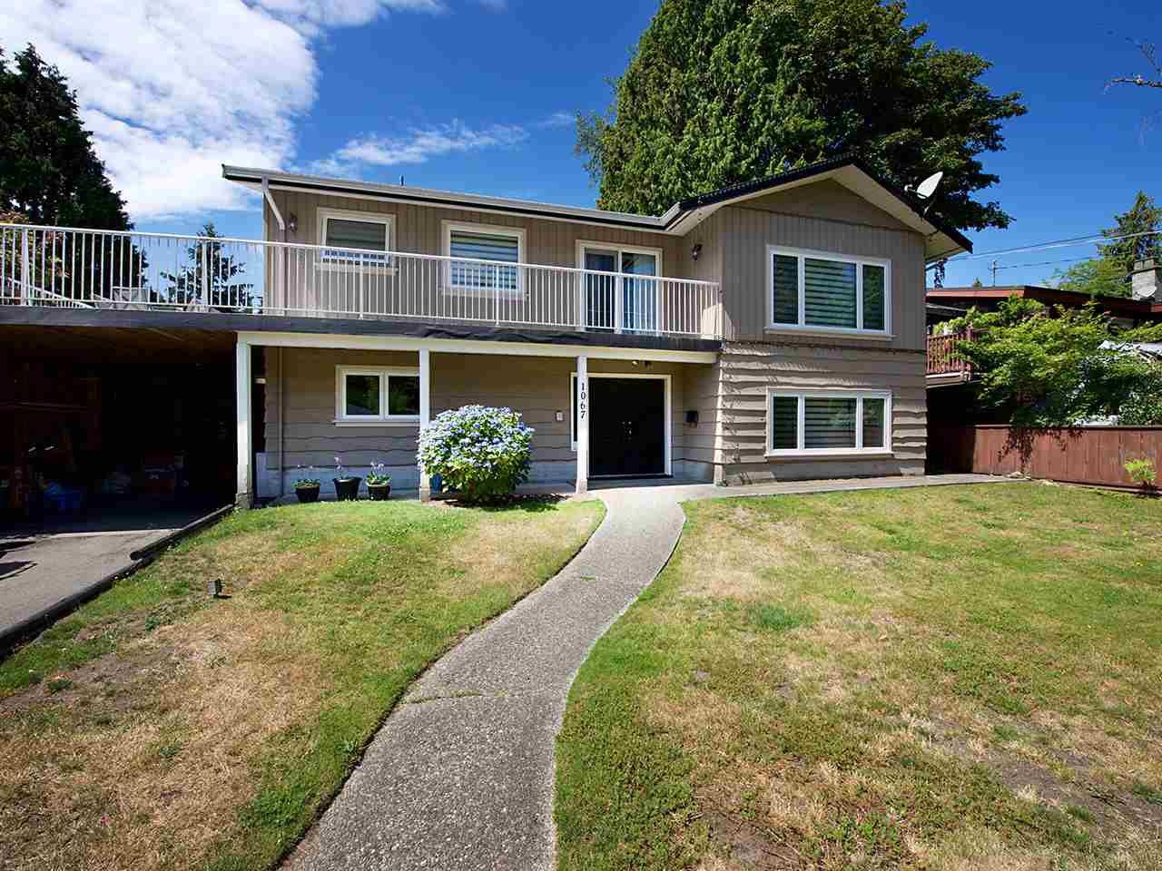 Photo 1: Photos: 1067 WILMINGTON Drive in Delta: Tsawwassen Central House for sale (Tsawwassen)  : MLS®# R2090180