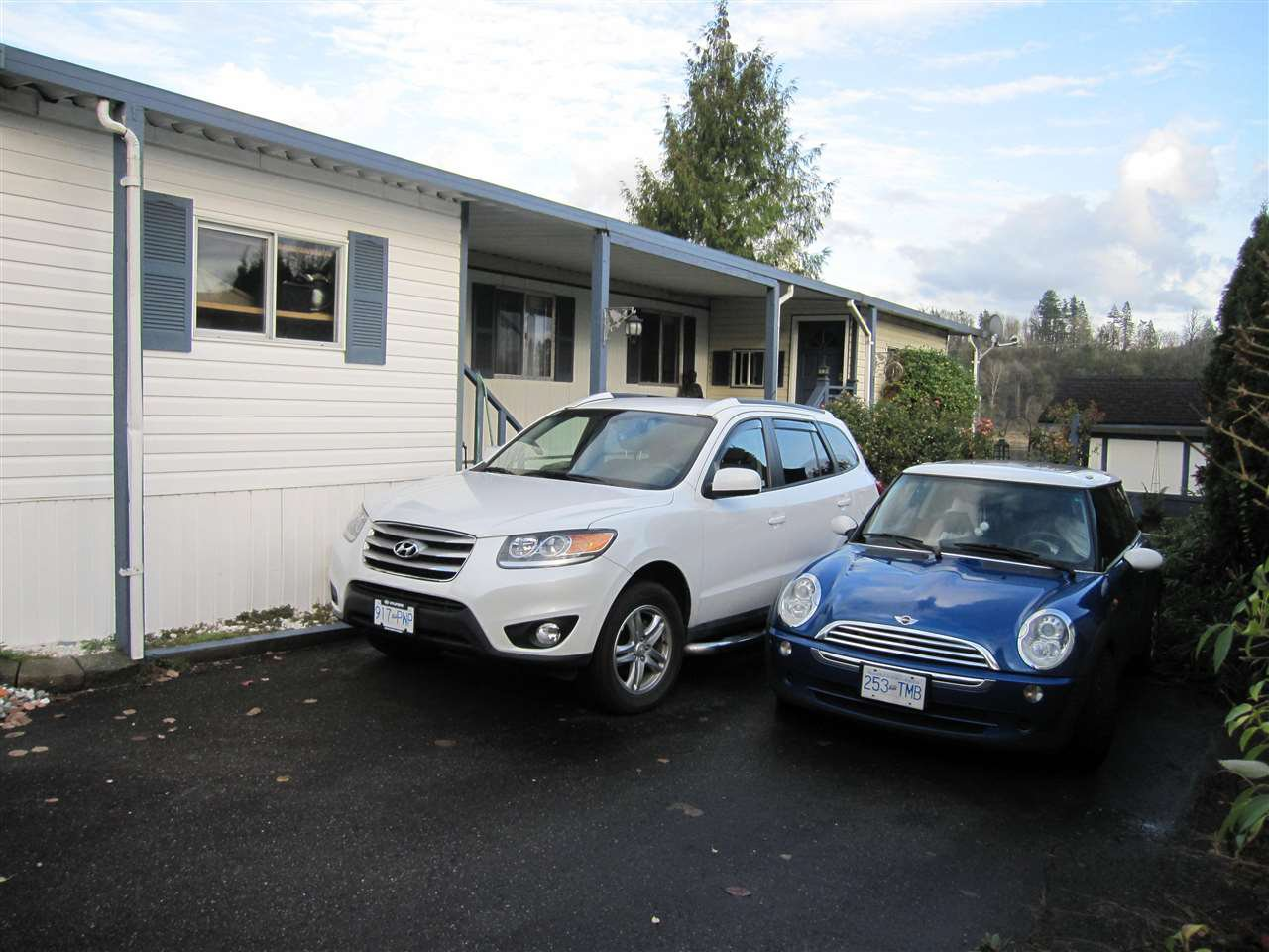 "Main Photo: 104 9950 WILSON Street in Mission: Stave Falls Manufactured Home for sale in ""Ruskin Place"" : MLS®# R2123611"