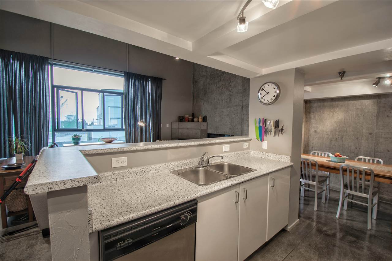 """Photo 11: Photos: 208 2001 WALL Street in Vancouver: Hastings Condo for sale in """"Cannery Row"""" (Vancouver East)  : MLS®# R2196751"""