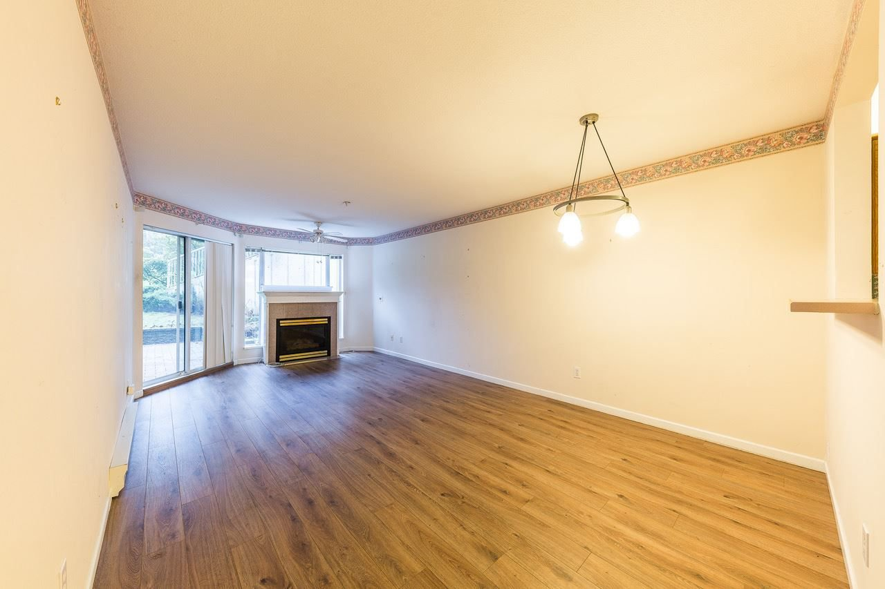Main Photo: 101 11605 227 Street in Maple Ridge: East Central Condo for sale : MLS®# R2230629