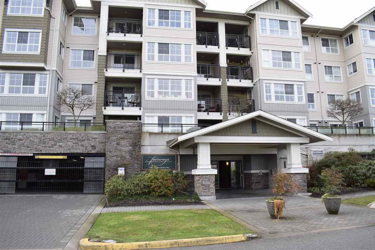 "Main Photo: 305 19673 MEADOW GARDENS Way in Pitt Meadows: North Meadows PI Condo for sale in ""THE FAIRWAYS"" : MLS®# R2237008"