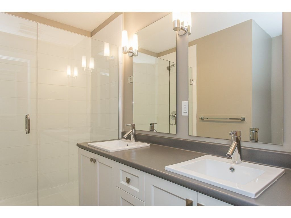 "Photo 15: Photos: 104 2238 WHATCOM Road in Abbotsford: Abbotsford East Condo for sale in ""Waterleaf"" : MLS®# R2260128"