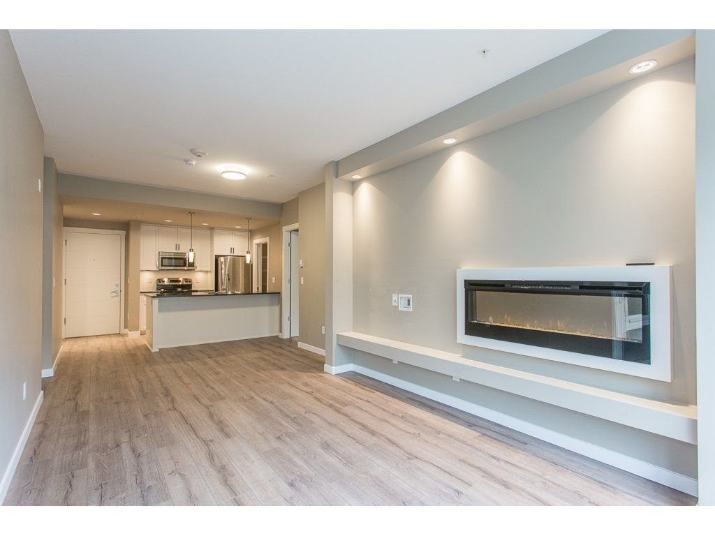 "Photo 10: Photos: 104 2238 WHATCOM Road in Abbotsford: Abbotsford East Condo for sale in ""Waterleaf"" : MLS®# R2260128"