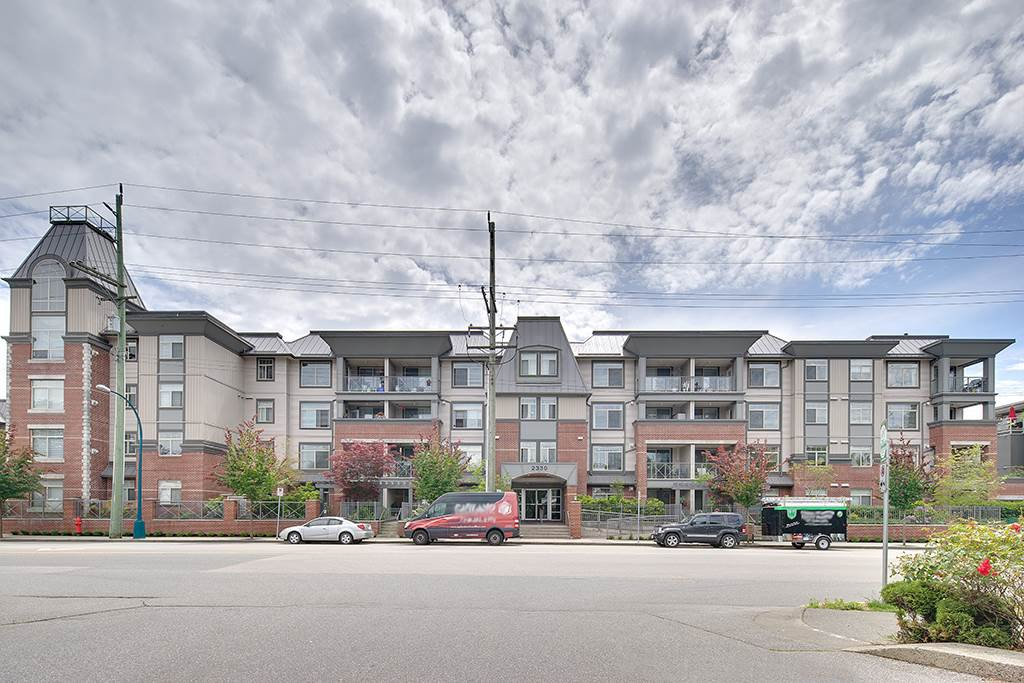 Main Photo: 304 2330 WILSON AVENUE in Port Coquitlam: Central Pt Coquitlam Condo for sale : MLS®# R2083027