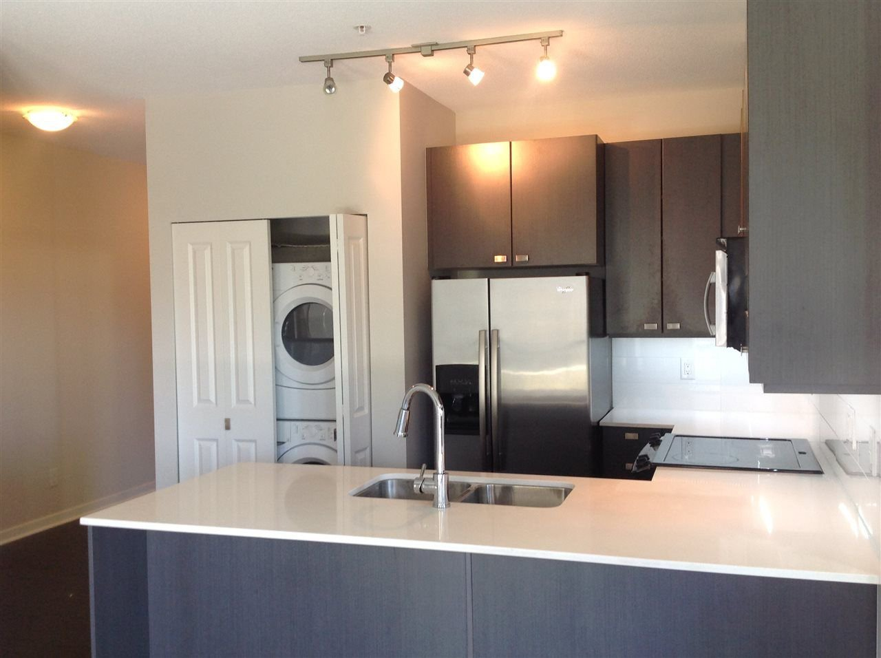 """Photo 4: Photos: 303 5655 210A Street in Langley: Salmon River Condo for sale in """"CORNERSTONE NORTH"""" : MLS®# R2267414"""