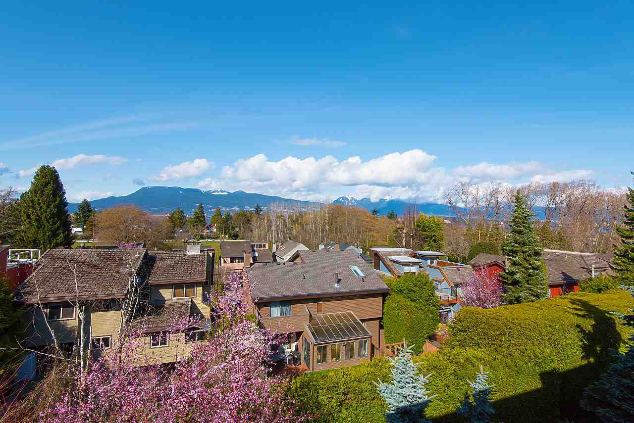 Photo 17: Photos: 4433 W 2ND Avenue in Vancouver: Point Grey House for sale (Vancouver West)  : MLS®# R2274694