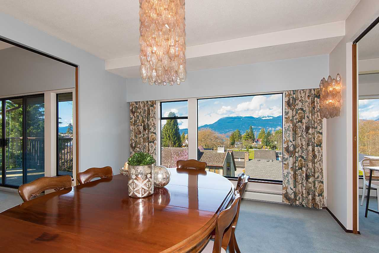 Photo 5: Photos: 4433 W 2ND Avenue in Vancouver: Point Grey House for sale (Vancouver West)  : MLS®# R2274694