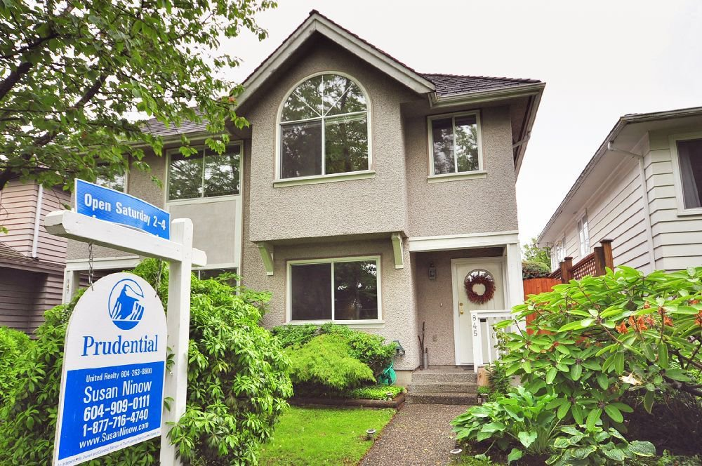 Main Photo: 845 West 68th Avenue in Vancouver West: Marpole Home for sale ()  : MLS®# V834150