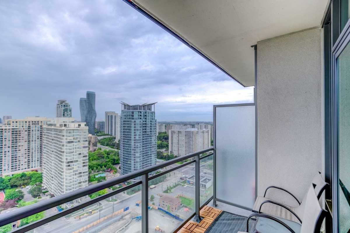 Photo 18: Photos: 2707 3525 Kariya Drive in Mississauga: City Centre Condo for sale : MLS®# W4497066