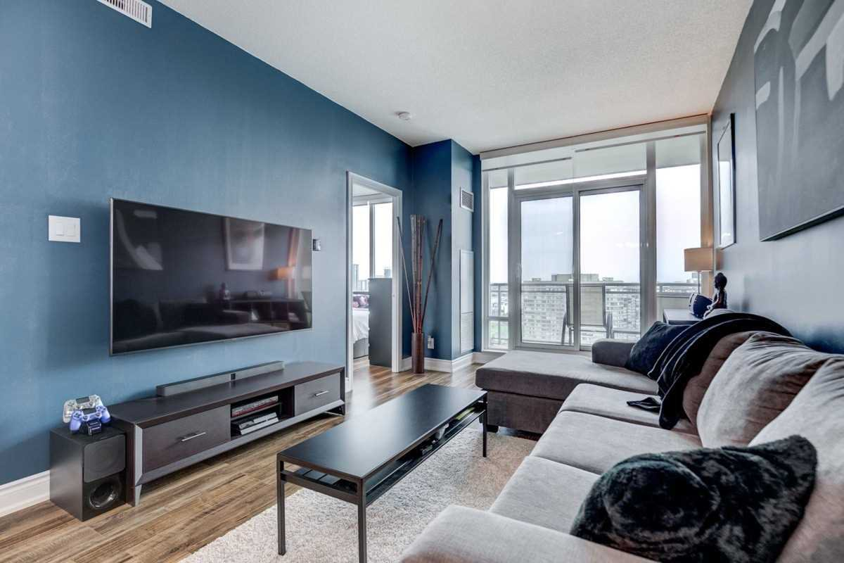 Photo 9: Photos: 2707 3525 Kariya Drive in Mississauga: City Centre Condo for sale : MLS®# W4497066
