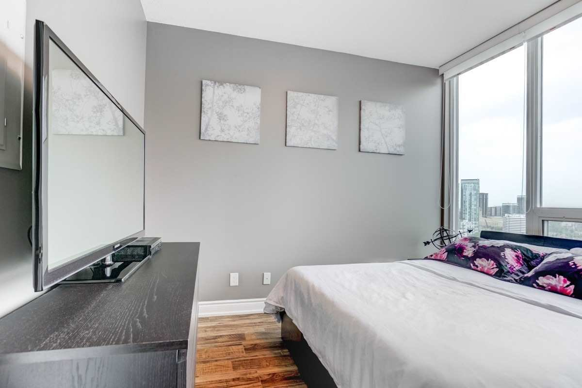 Photo 14: Photos: 2707 3525 Kariya Drive in Mississauga: City Centre Condo for sale : MLS®# W4497066