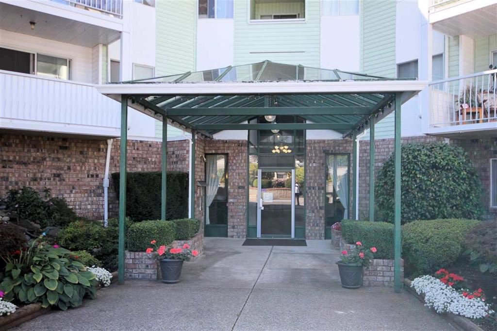 "Photo 2: Photos: 216 31850 UNION Avenue in Abbotsford: Abbotsford West Condo for sale in ""FERNWOOD MANOR"" : MLS®# R2419355"