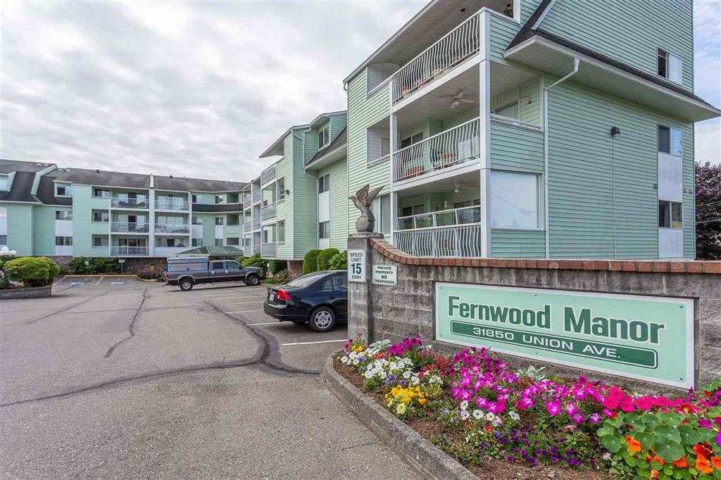 "Photo 1: Photos: 216 31850 UNION Avenue in Abbotsford: Abbotsford West Condo for sale in ""FERNWOOD MANOR"" : MLS®# R2419355"