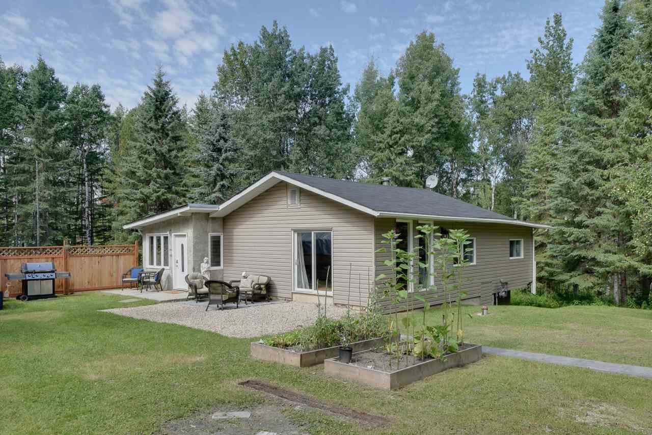 Main Photo: 102 54127 RR 30 Road: Rural Lac Ste. Anne County House for sale : MLS®# E4210361