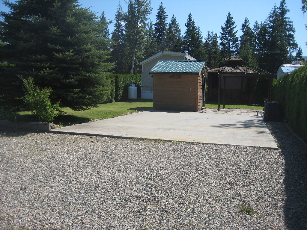Main Photo: 3980 Squilax Anglemont Rd in Sotch Creek: North Shuswap Recreational for sale (Shuswap)  : MLS®# 10051827