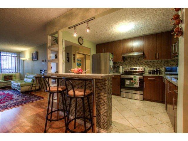Photo 6: Photos: # 412 6611 MINORU BV in Richmond: Brighouse Condo for sale : MLS®# V997225