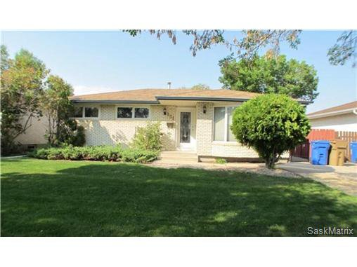 Main Photo: 131 WILLISTON Drive in Regina: Normanview West Single Family Dwelling for sale (Regina Area 02)  : MLS®# 480164