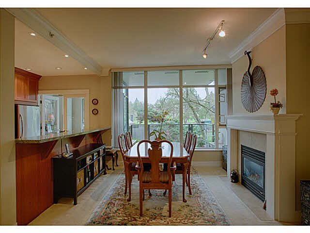 """Photo 6: Photos: 216 4685 VALLEY Drive in Vancouver: Quilchena Condo for sale in """"MARGUERITE HOUSE I"""" (Vancouver West)  : MLS®# V1103814"""
