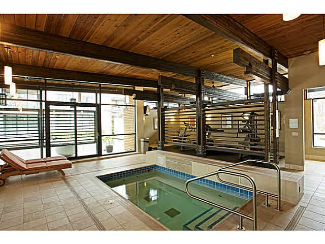 """Photo 9: Photos: 216 4685 VALLEY Drive in Vancouver: Quilchena Condo for sale in """"MARGUERITE HOUSE I"""" (Vancouver West)  : MLS®# V1103814"""