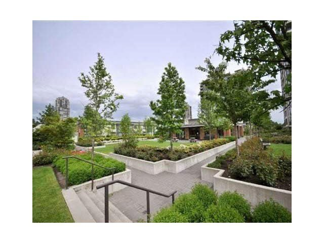 """Photo 18: Photos: 1404 4178 DAWSON Street in Burnaby: Brentwood Park Condo for sale in """"TANDEM"""" (Burnaby North)  : MLS®# V1117379"""