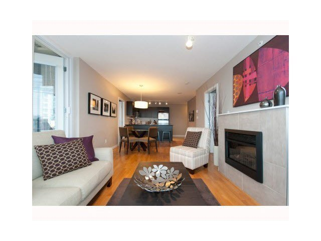 """Photo 5: Photos: 1404 4178 DAWSON Street in Burnaby: Brentwood Park Condo for sale in """"TANDEM"""" (Burnaby North)  : MLS®# V1117379"""